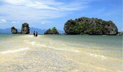 Bãi biển đẹp nhất với cảnh hoang sơ – quyến rũ