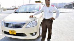 Du khách được tài xế Taxi trả lại 25 kg vàng