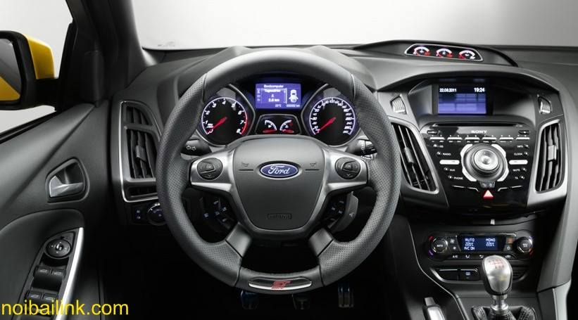 Xe dành cho phái đẹp Ford Focus