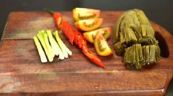 Canh sườn non nấu dưa cải chua ngon tuyệt